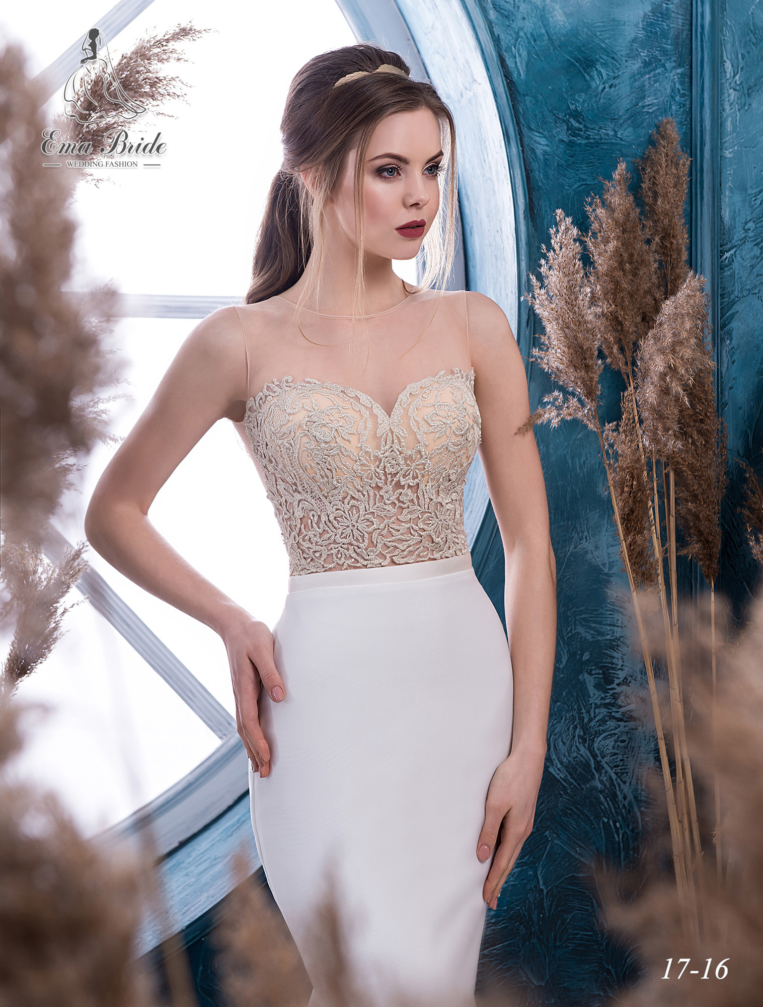 Bustier wedding dress with gold embroidery-1