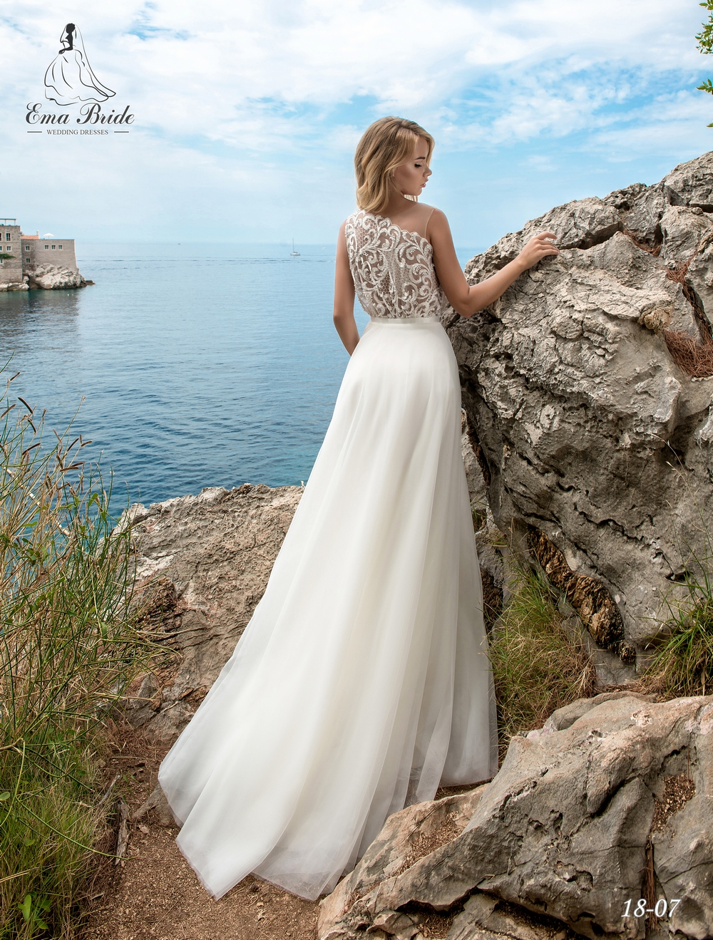 Light one-shoulder wedding dress by Ema Bride-3