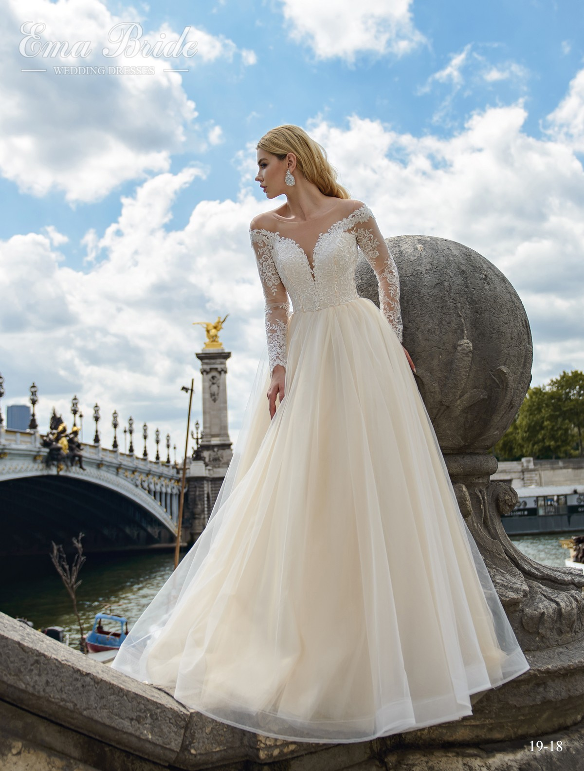 Wedding dress with half-mast sleeves from the manufacturer wholesale-1