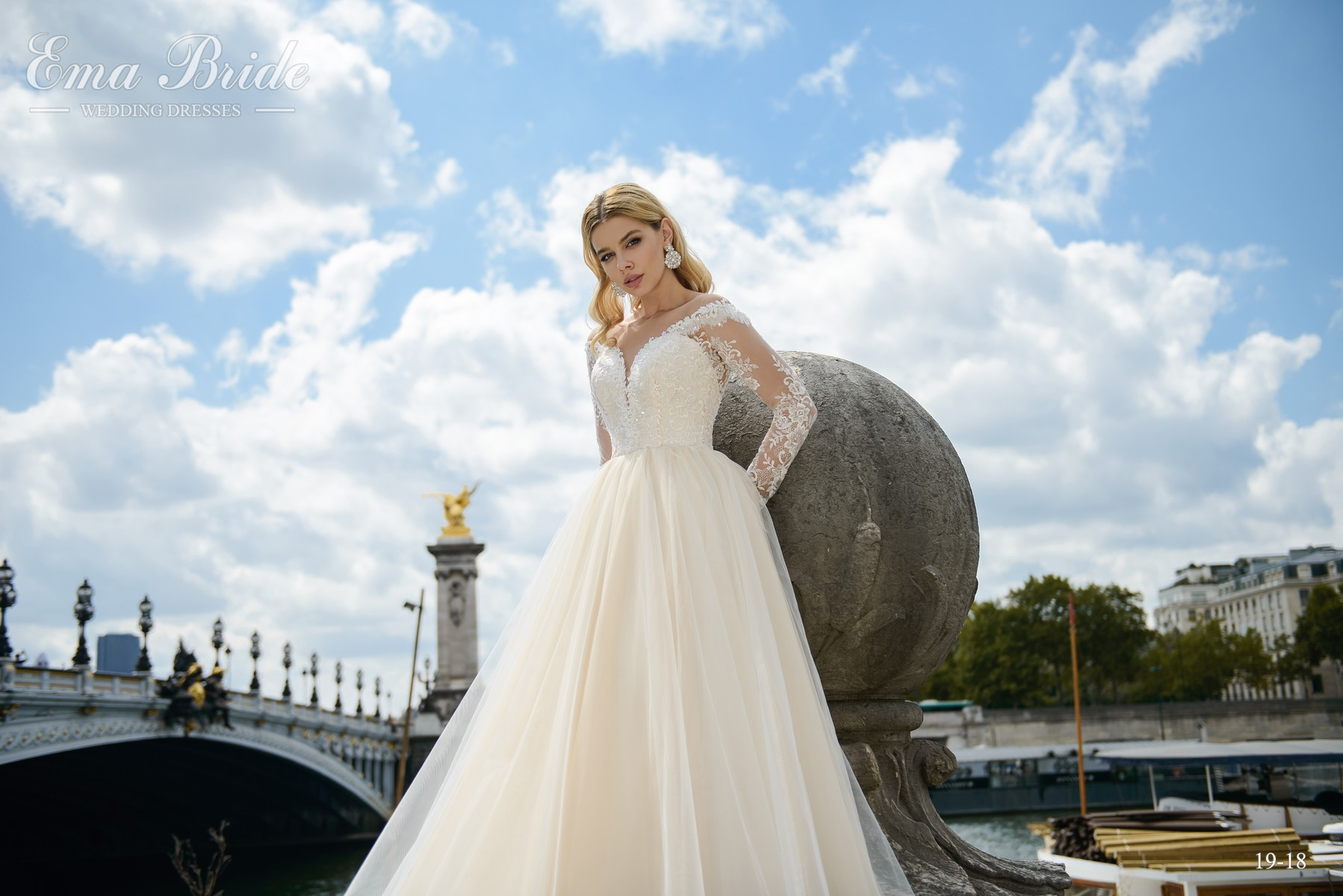 Wedding dress with half-mast sleeves from the manufacturer wholesale-3