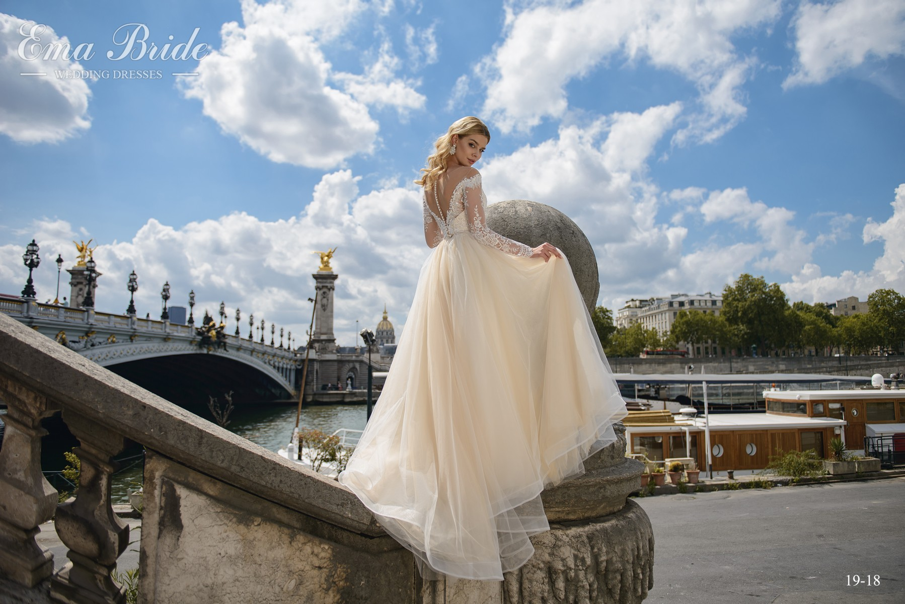 Wedding dress with half-mast sleeves from the manufacturer wholesale-4