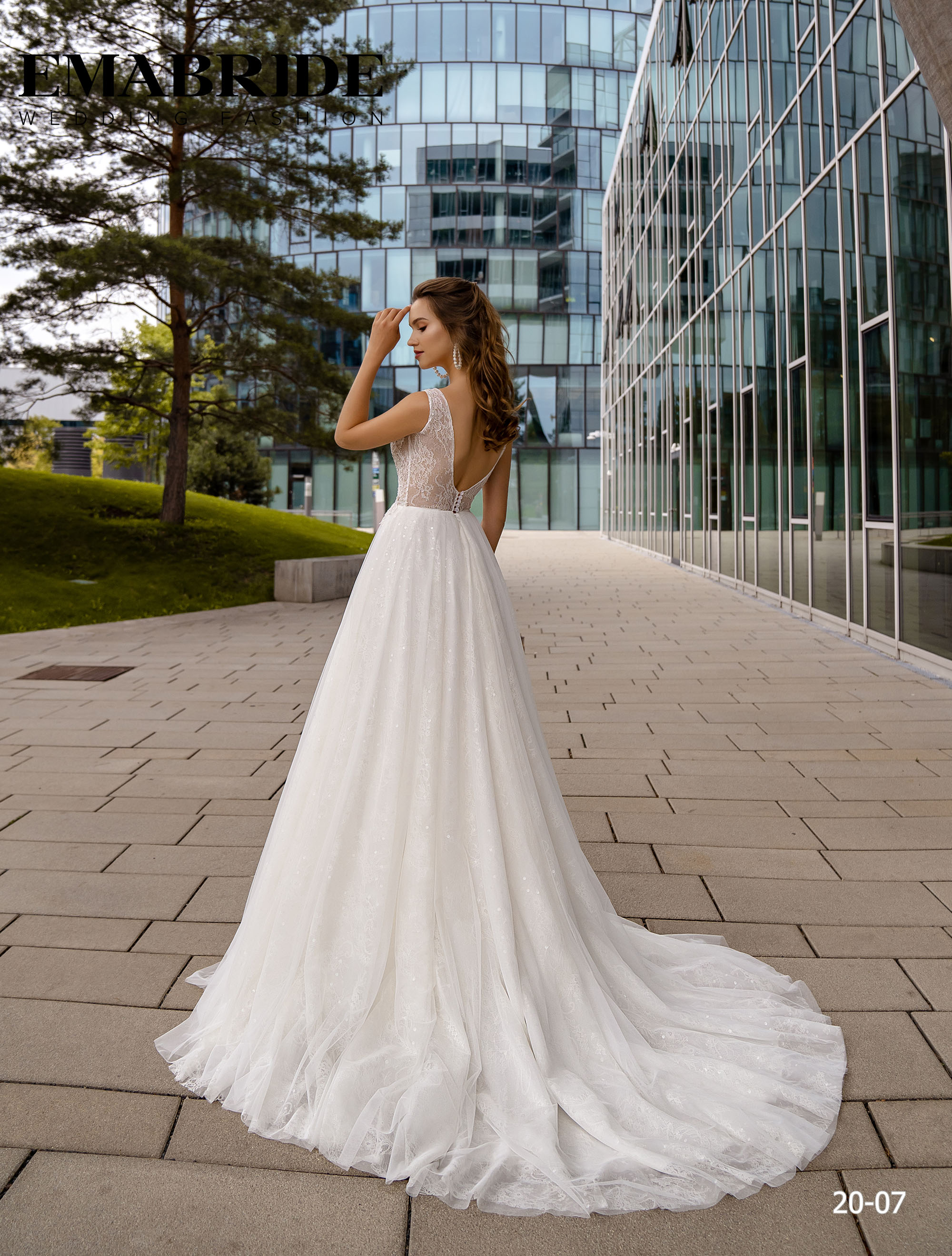 Model 20-07 | Buy wedding dresses wholesale by the ukrainian manufacturer Emabride-3