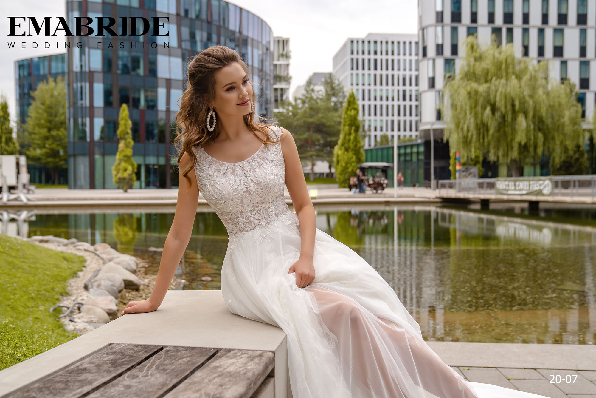Model 20-07 | Buy wedding dresses wholesale by the ukrainian manufacturer Emabride-4