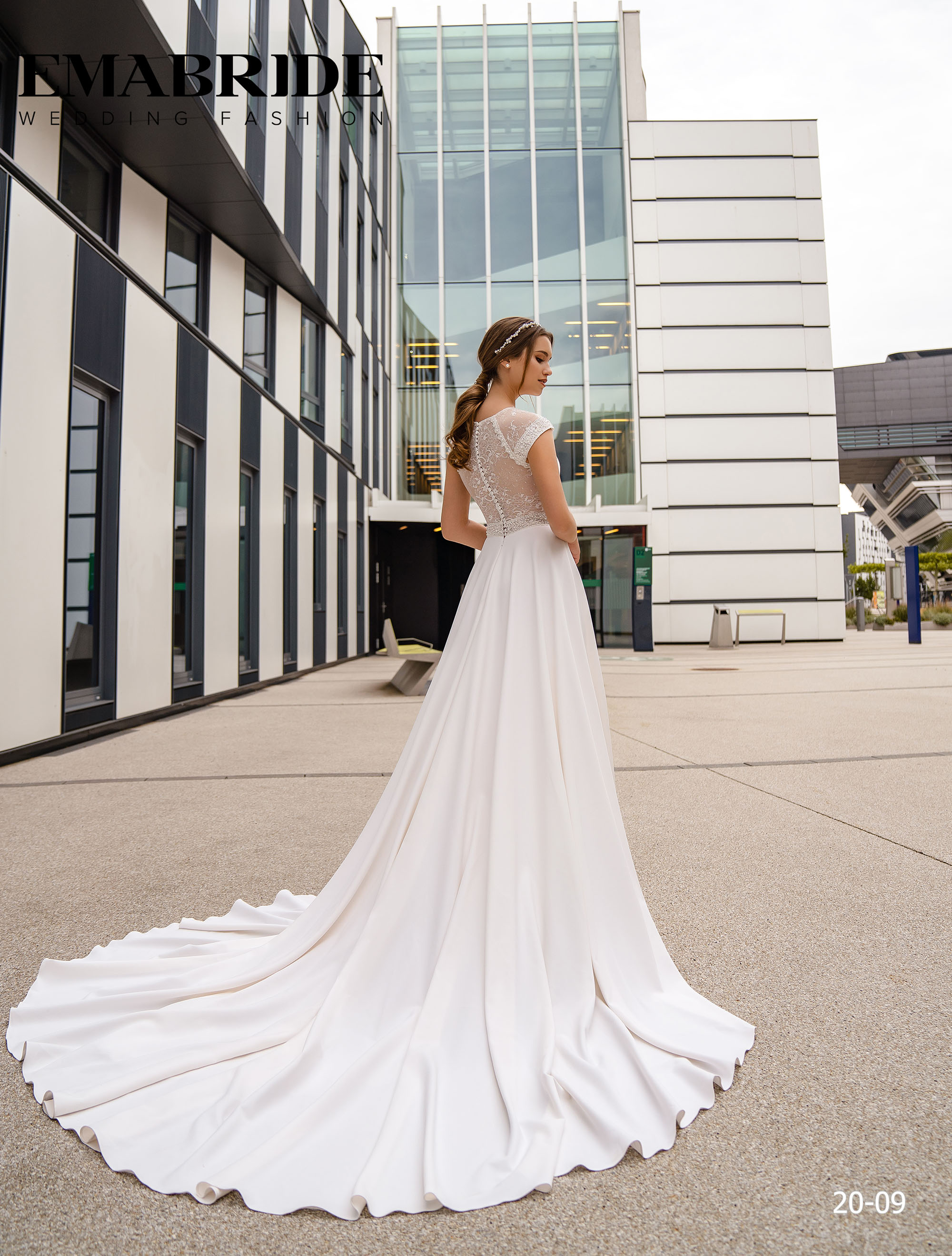 Model 20-09 | Buy wedding dresses wholesale by the ukrainian manufacturer Emabride-4