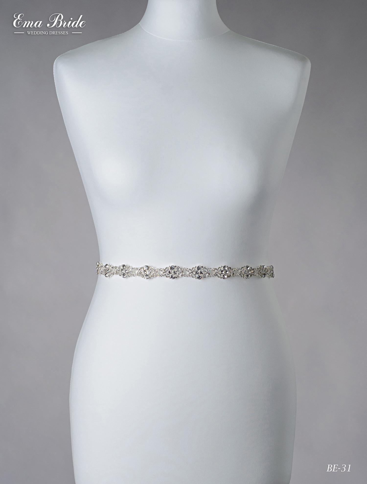 A belt for a wedding dress Be-31