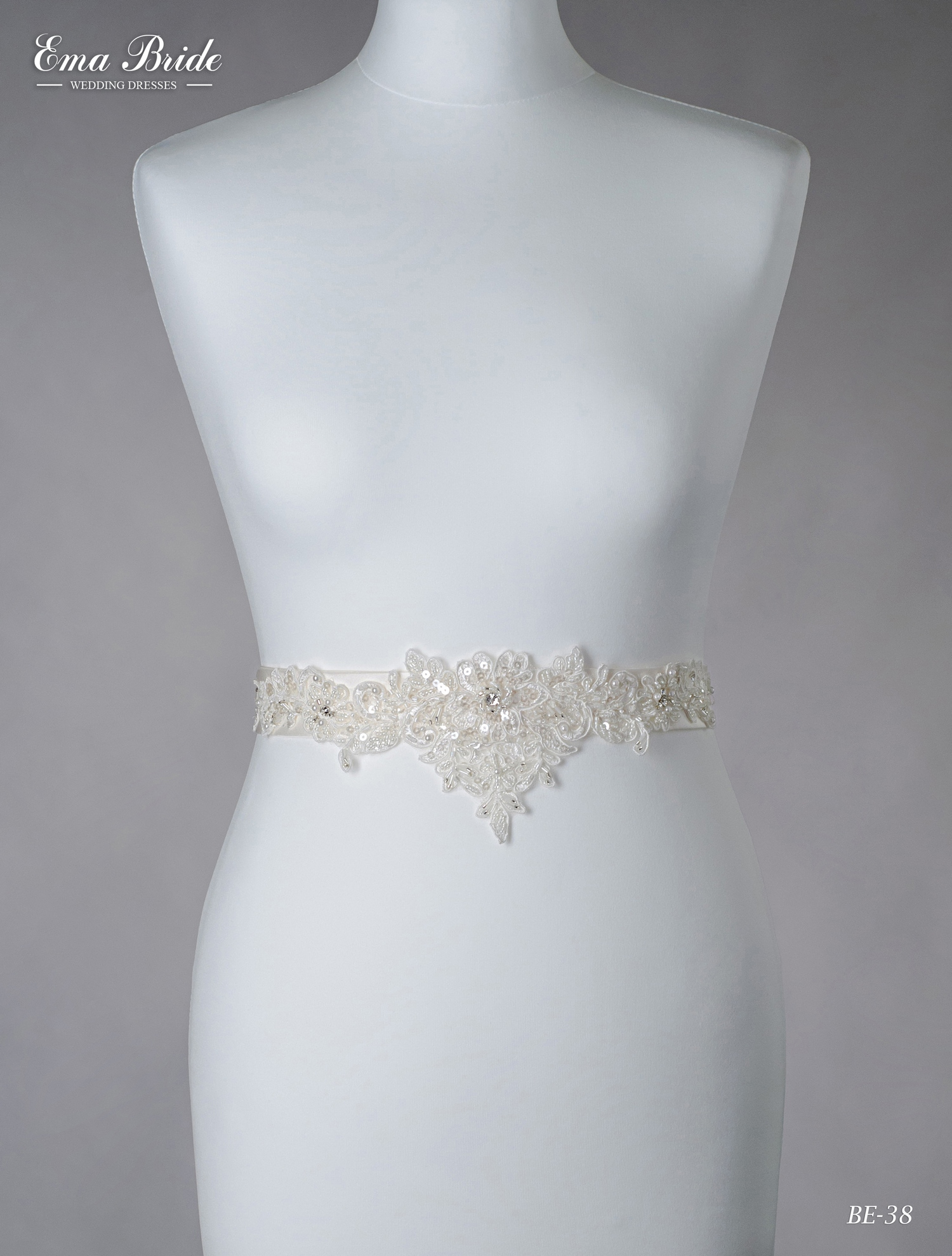 A belt for a wedding dress Be-38