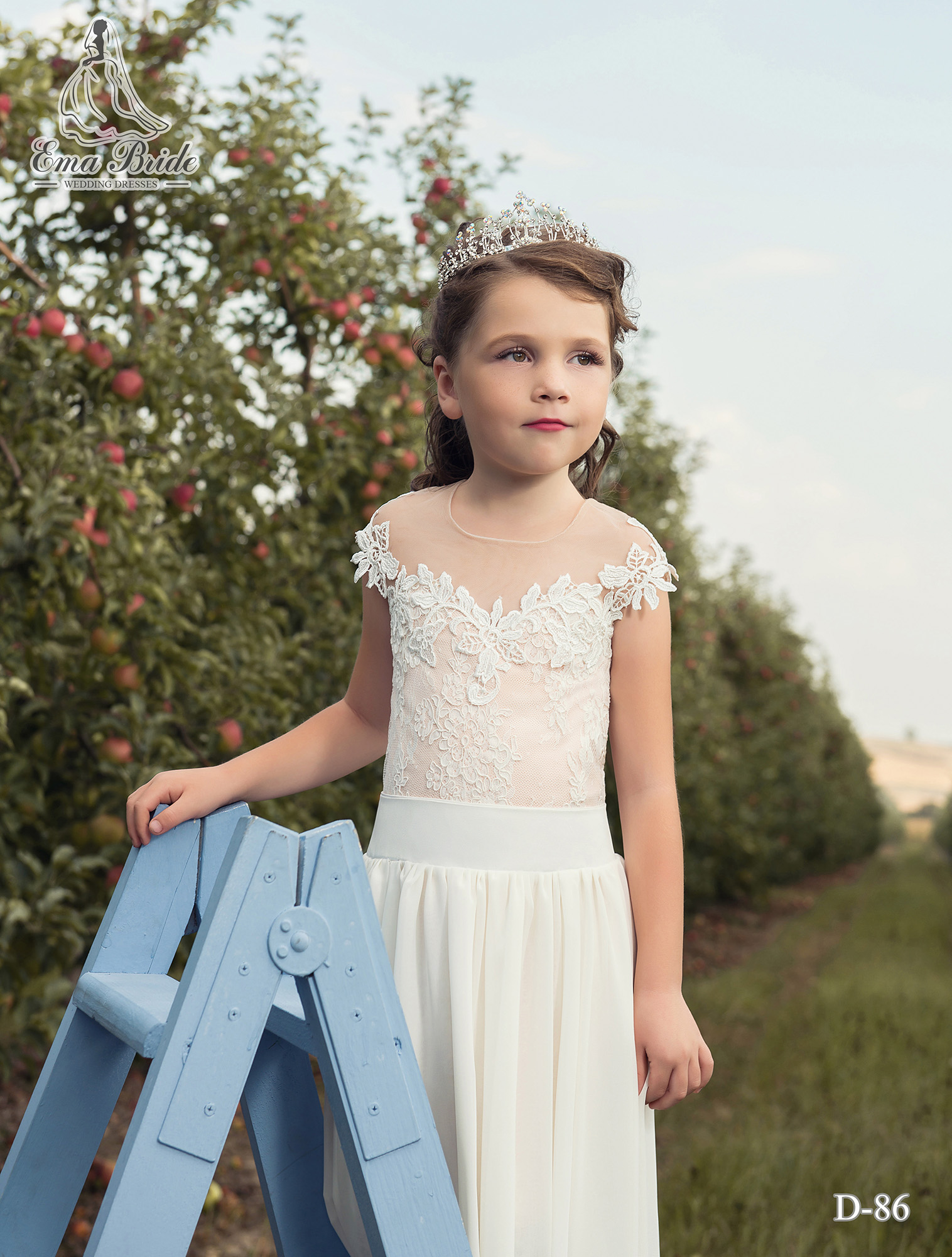 Children's dress with a long removable skirt with a slit-1