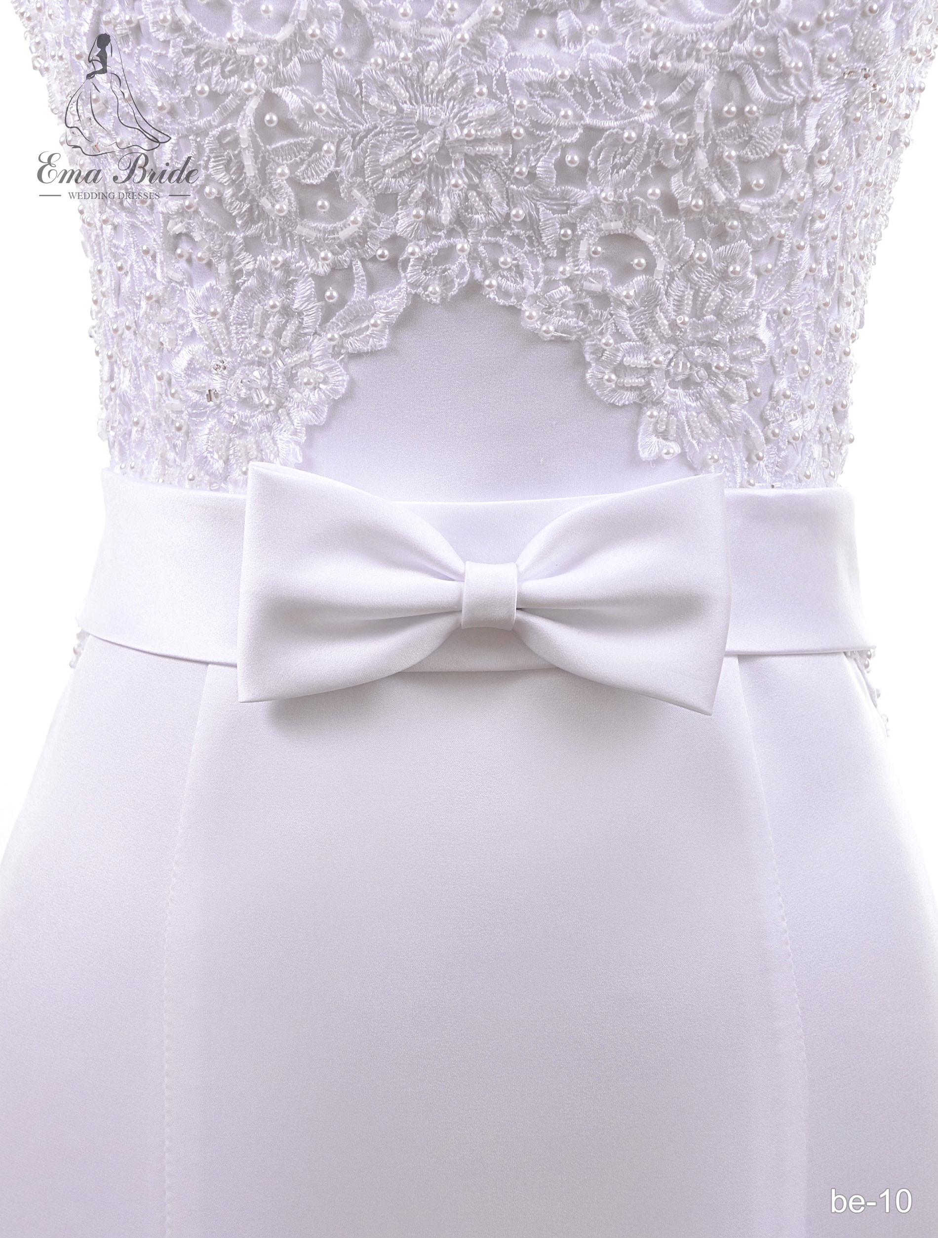 A belt for a wedding dress Be-10