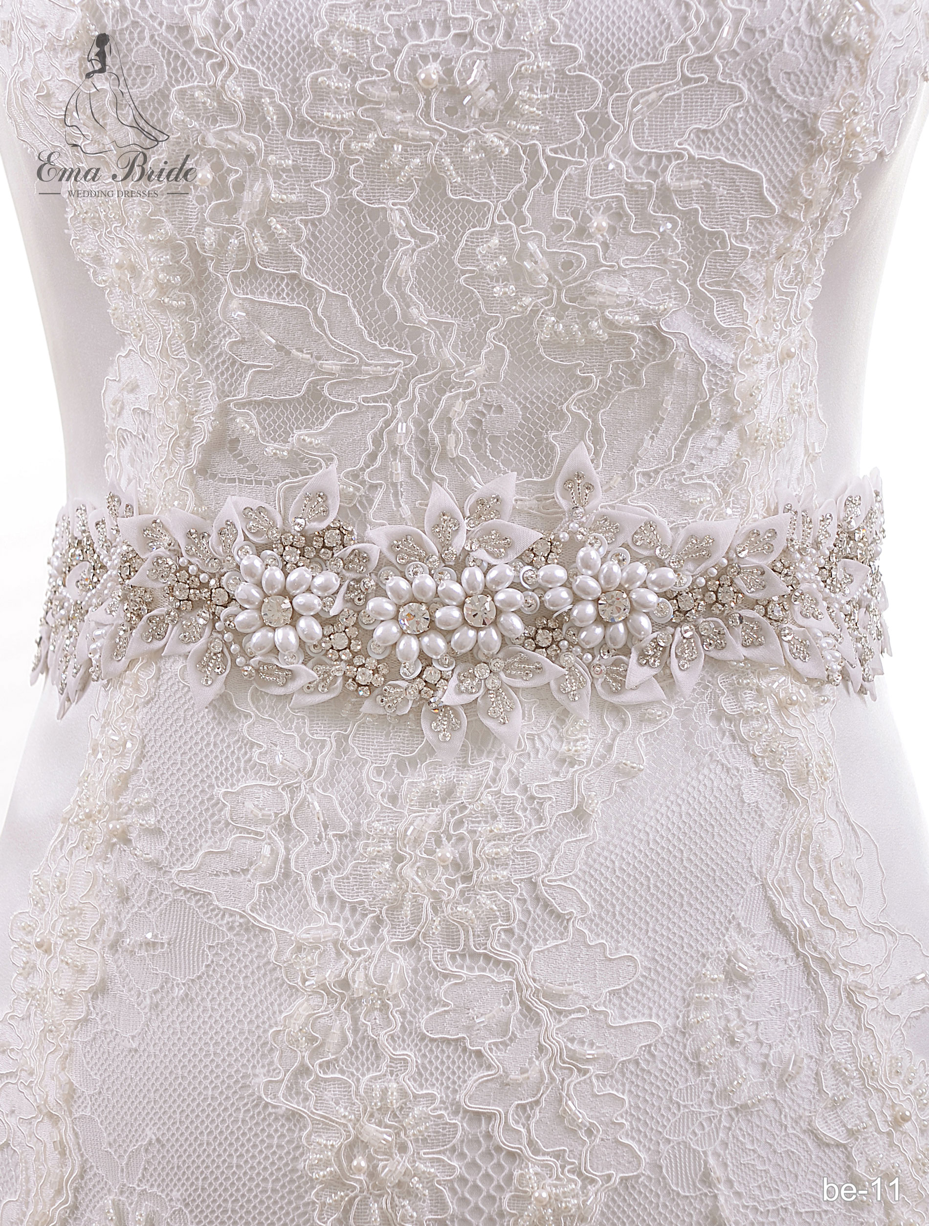 A belt for a wedding dress Be-11