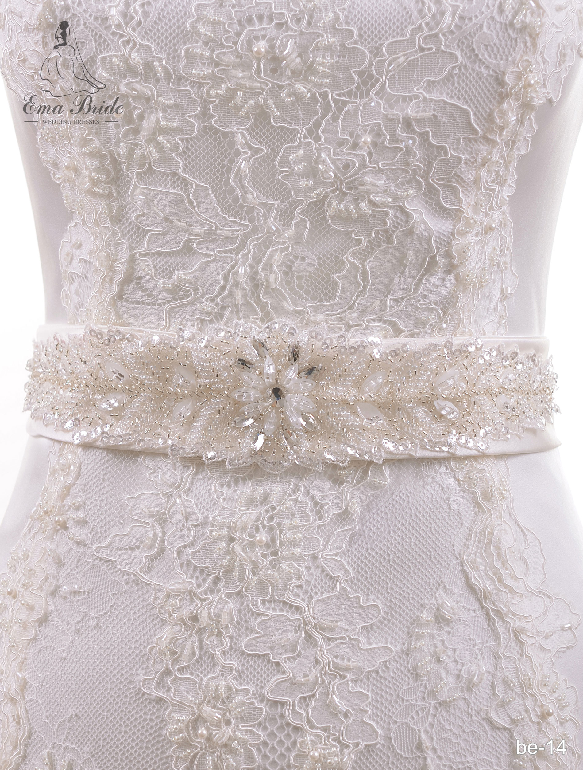 A belt for a wedding dress Be-14