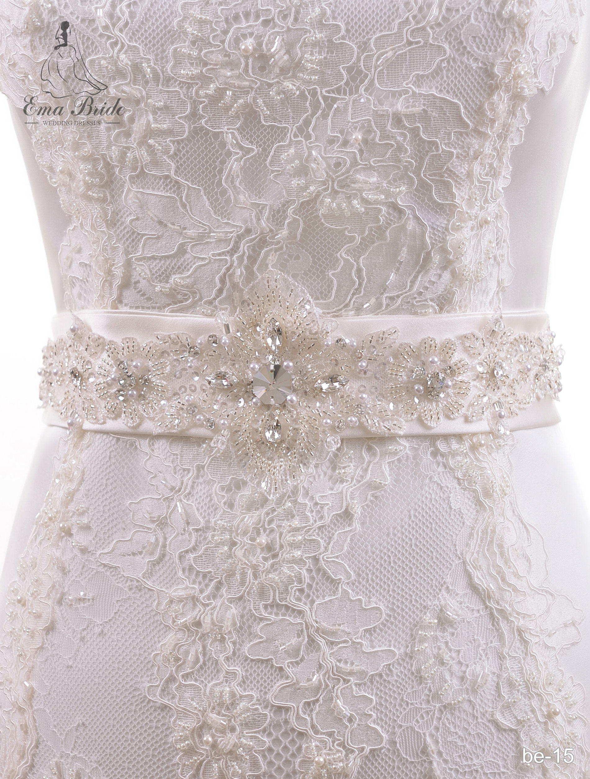A belt for a wedding dress Be-15