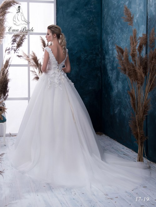 Wedding Dresses 17-19 2
