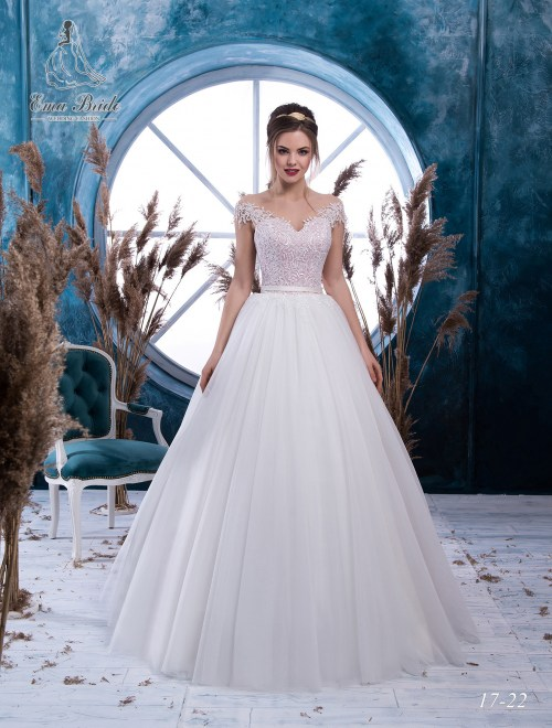 Wedding dress 17-22 wholesale