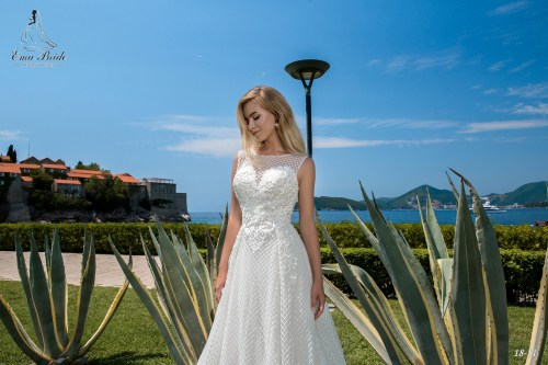 Wedding Dresses 18-11 3