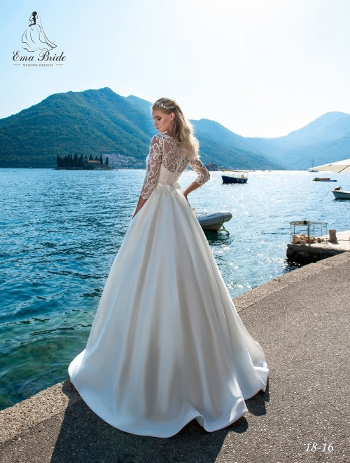 Wedding Dresses 18-16 3