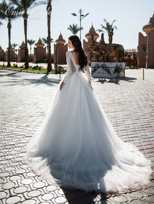 Delicate wedding dress with a closed openwork top wholesale