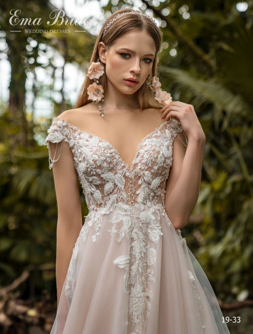 Model 19-33 | Buy wedding dresses wholesale by the ukrainian manufacturer Emabride